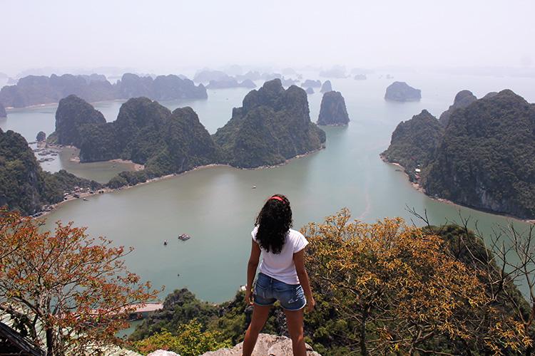 """Entrevista #17: """"Vieja que Viaja"""", trabajando y viajando por Asia"""